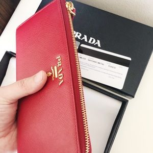 Prada red leather wallet - women's - L zipper